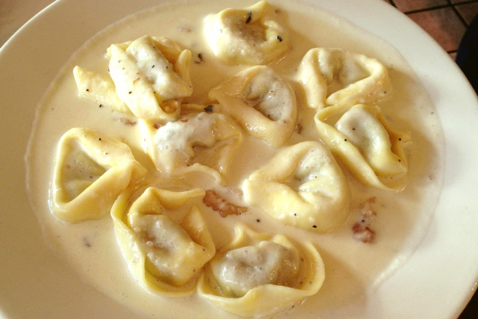 photo of porcini tortellini with gorgonzola sauce from Bottega di Capri, Brookline, MA