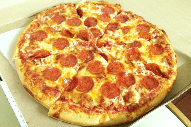 photo of pepperoni pizza from Country Pizza, Lincoln, MA