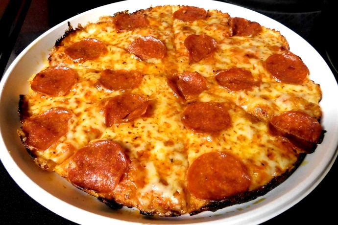 photo of pepperoni pizza from Damien's Pub, Hanson, MA