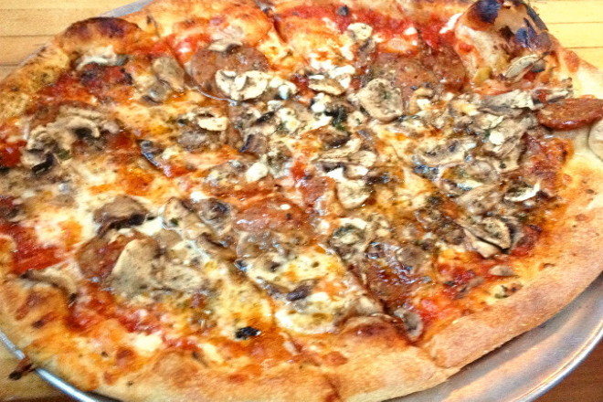 photo of mushroom and pepperoni pizza from Flatbread Company, Somerville, MA