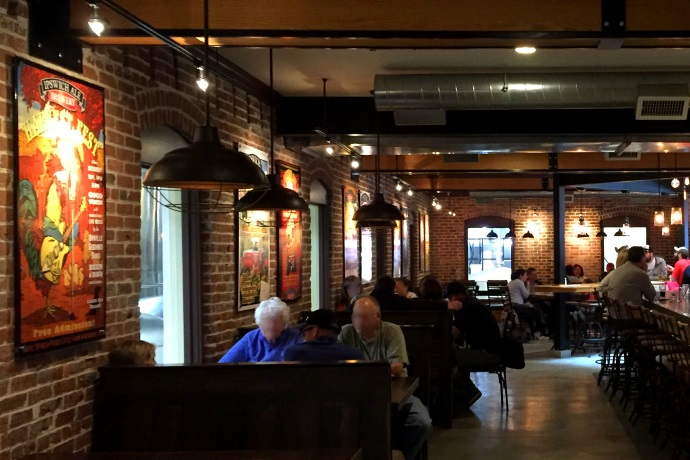 Twelve Interesting Restaurant Interiors Ipswich Ale Brewers Table MA