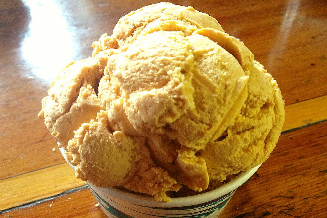 photo of pumpkin ice cream from Johnson's Drive-In, Groton, MA