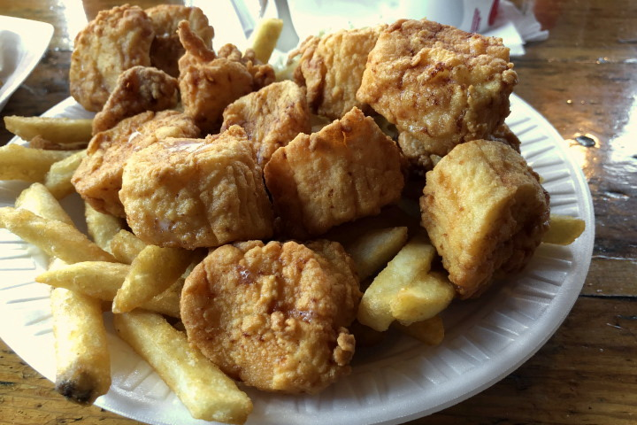 photo of fried scallops from Johnson's Drive-In, Groton, MA