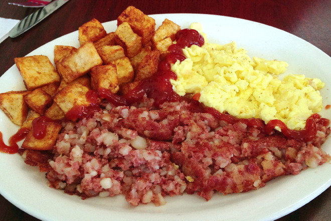 photo of a breakfast plate from Leggos, Holbrook, MA
