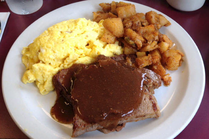 photo of yankee pot roast breakfast from the Mad Hatter Cafe, Weymouth, MA