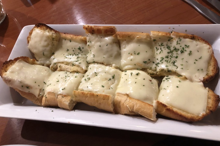 photo of garlic bread from Massimo's Ristorante, Wakefield, MA