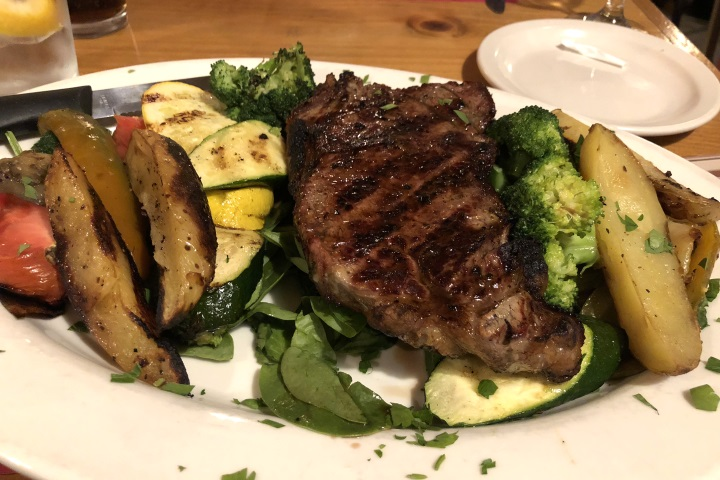 photo of steak from Mezzo Mare, Hull, MA