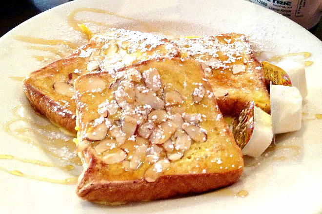 photo of almond and honey French toast from Niko's Restaurant, Weymouth, MA