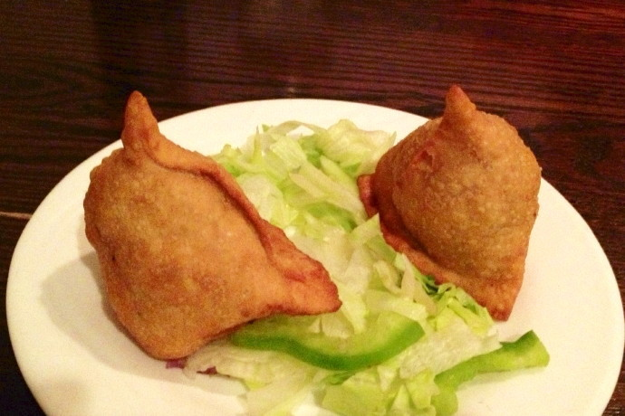 photo of vegetable samosas from Punjab Cafe, Quincy, MA