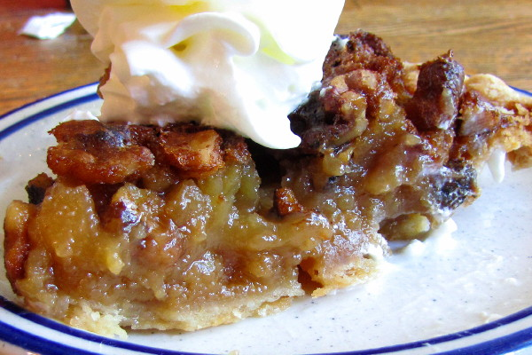 photo of maple walnut pie from the Putney Diner, Putney, VT