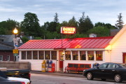 photo of the Red Arrow Diner, Milford, NH