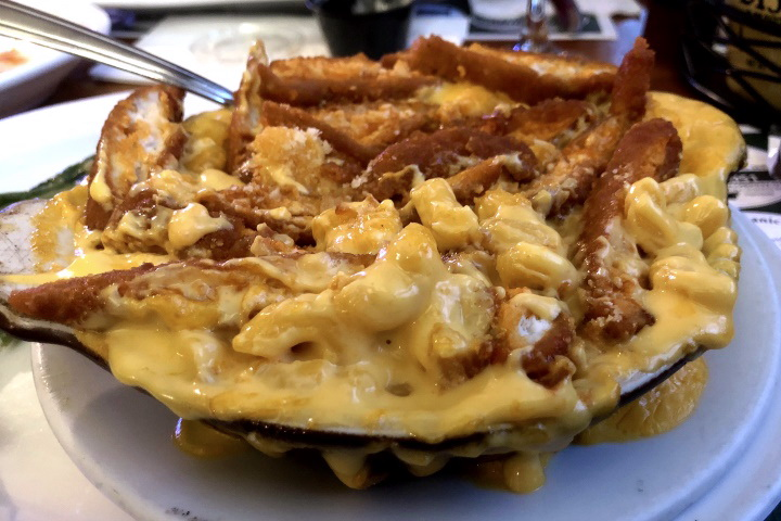 photo of macaroni and cheese from The Squires, Hanover, MA