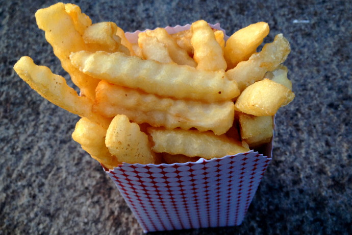 photo of fries from Sullivan's, South Boston, MA