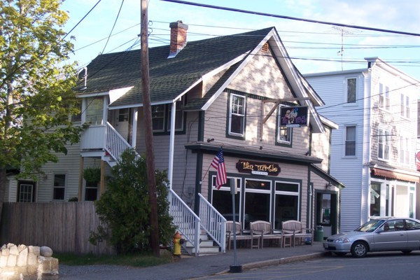 photo of the Tan Turtle Tavern, Northeast Harbor, ME