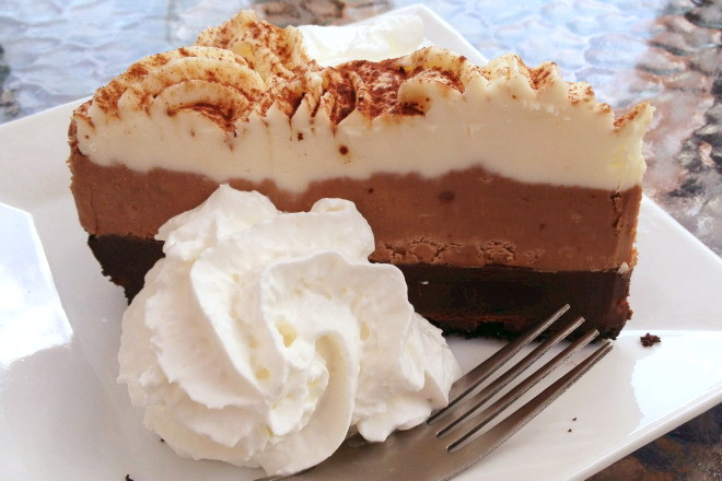 photo of chocolate mousse pie from the Vanilla Bean Cafe, Pomfret, CT