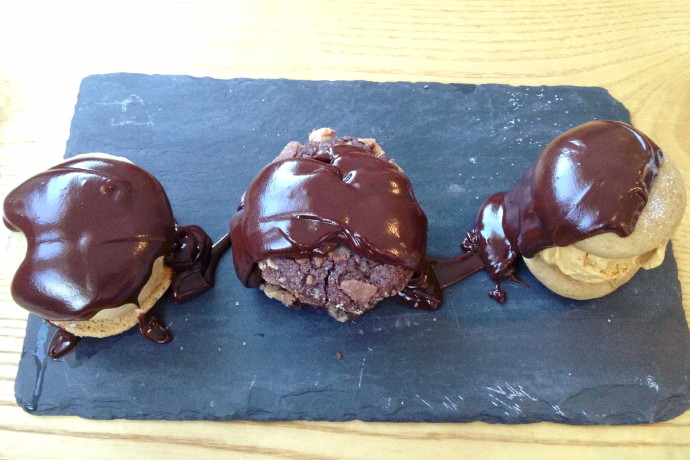 photo of cookie trio from When Pigs Fly Pizzeria, Kittery, ME